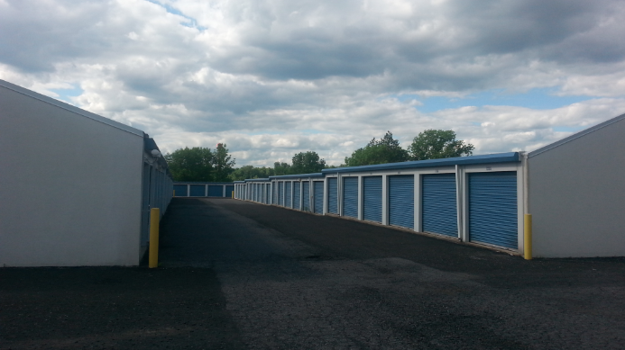 View Cheap Allentown Pennsylvania Self Storage Units | Allentown Self Storage Specials & Discounts | Allentown/Orefield Simply Self Storage